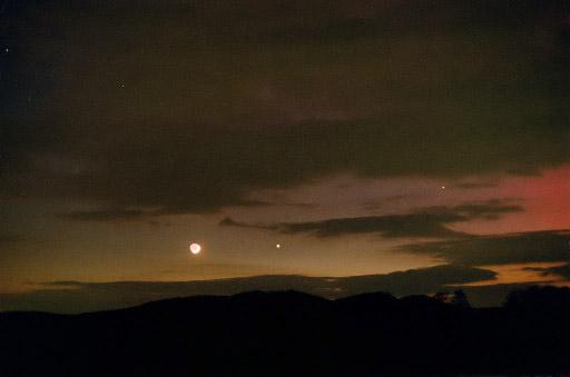 La Luna, Júpiter y Aurora Borealis del 6 de abril de 2000, Lichtenhagen, Alemania